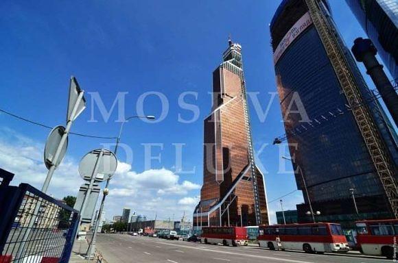 Небоскреб Меркурий Сити - самое высокое здание в Европе