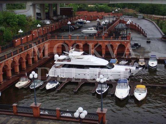 Яхт-клуб «Алые Паруса»