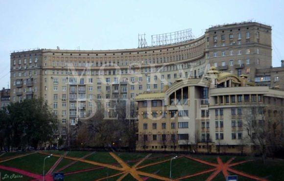 Дом № 5 на Ростовской набережной