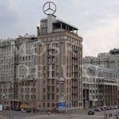Архитектурные особенности дома на Берсеневской набережной Москва-реки