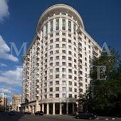 Фотографии фасадов жилого комплекса «Дом на Смоленской набережной»