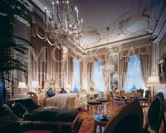 пентхаус стоимостью 15 000 000 $ в элитном жилом комплексе «Имперский дом», расположенном в Якиманском переулке