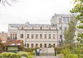 трехэтажный особняк класса de luxe в 1-м Кадашевском переулке, самые дорогие квартиры Москвы — ТОП 10 по итогам 2013