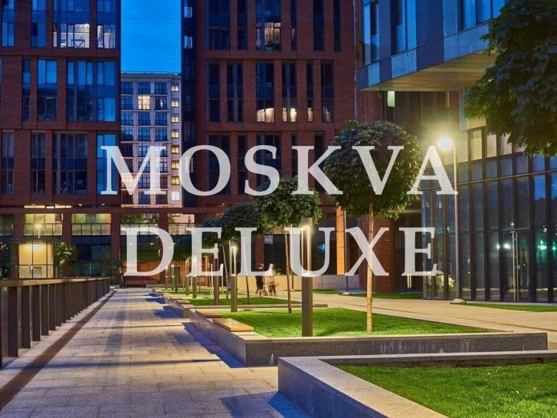 Фото жилого комплекса Садовые кварталы вечером